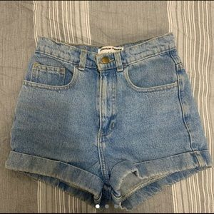 vintage American Apparel denim mom shorts!
